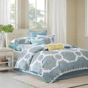 Echo Comforter Set